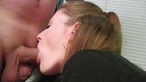 Redhead cock-sucker in action